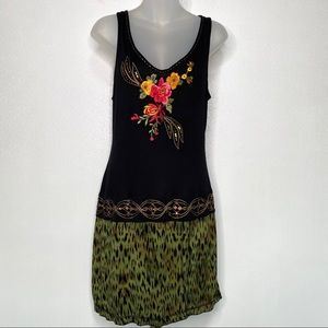 KRISTA LEE 100% Rayon Embroidered Dress Size Small